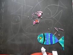 pas à pas mosaïque, mosaïque poissons, pâte de verre albertini, mosaïque contemporaine