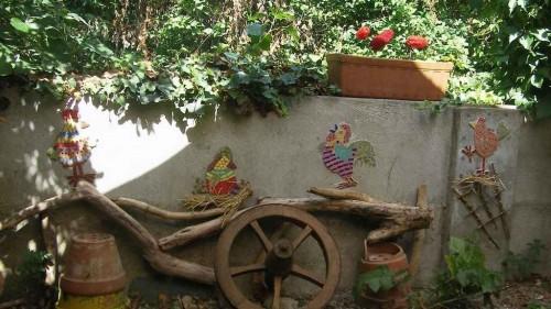 extérieur, fresque murale, poule, coq, filet de verre, émaux de briare, millefioris, tige  de verre, millefioris